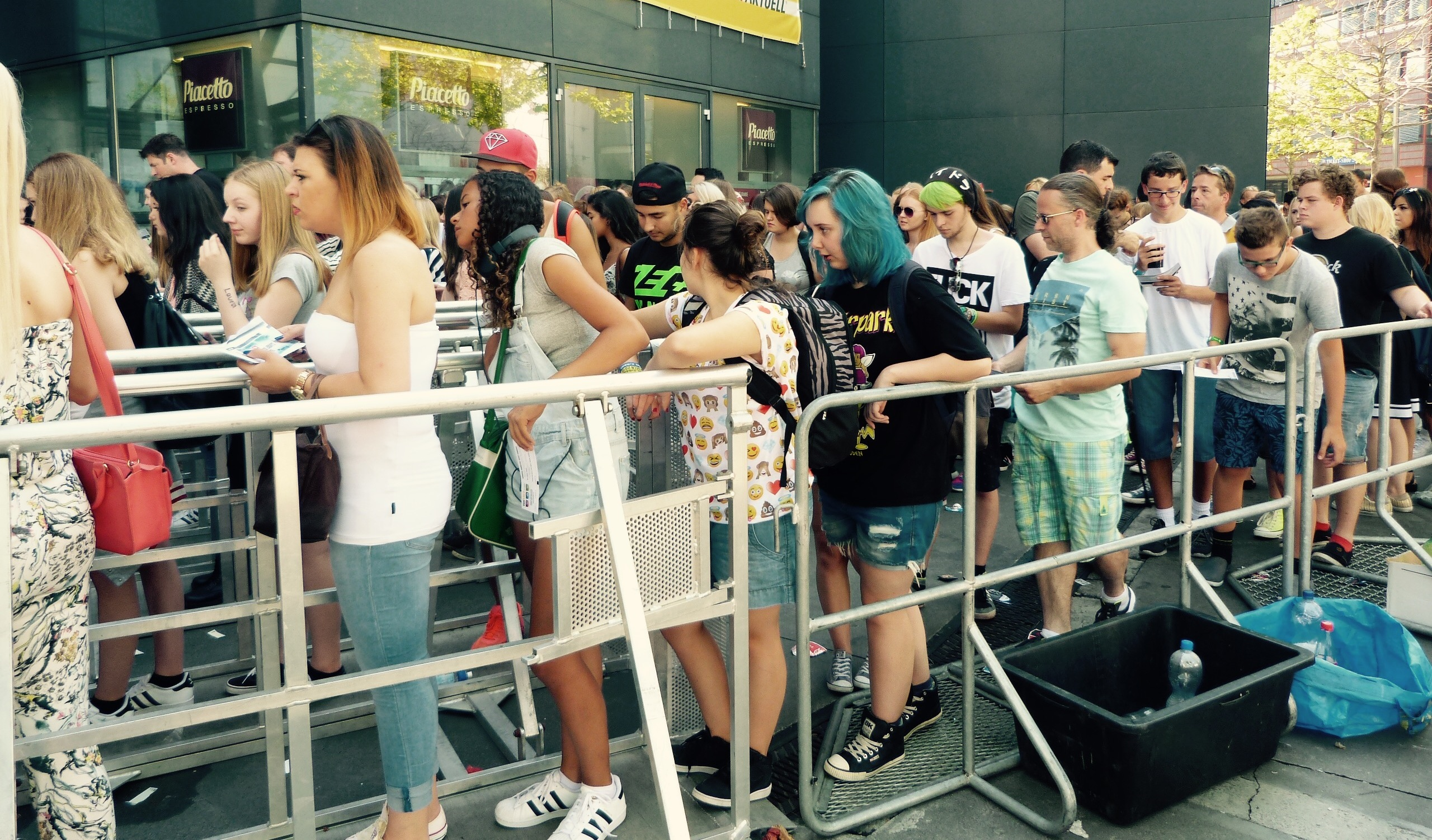 Fans lining up